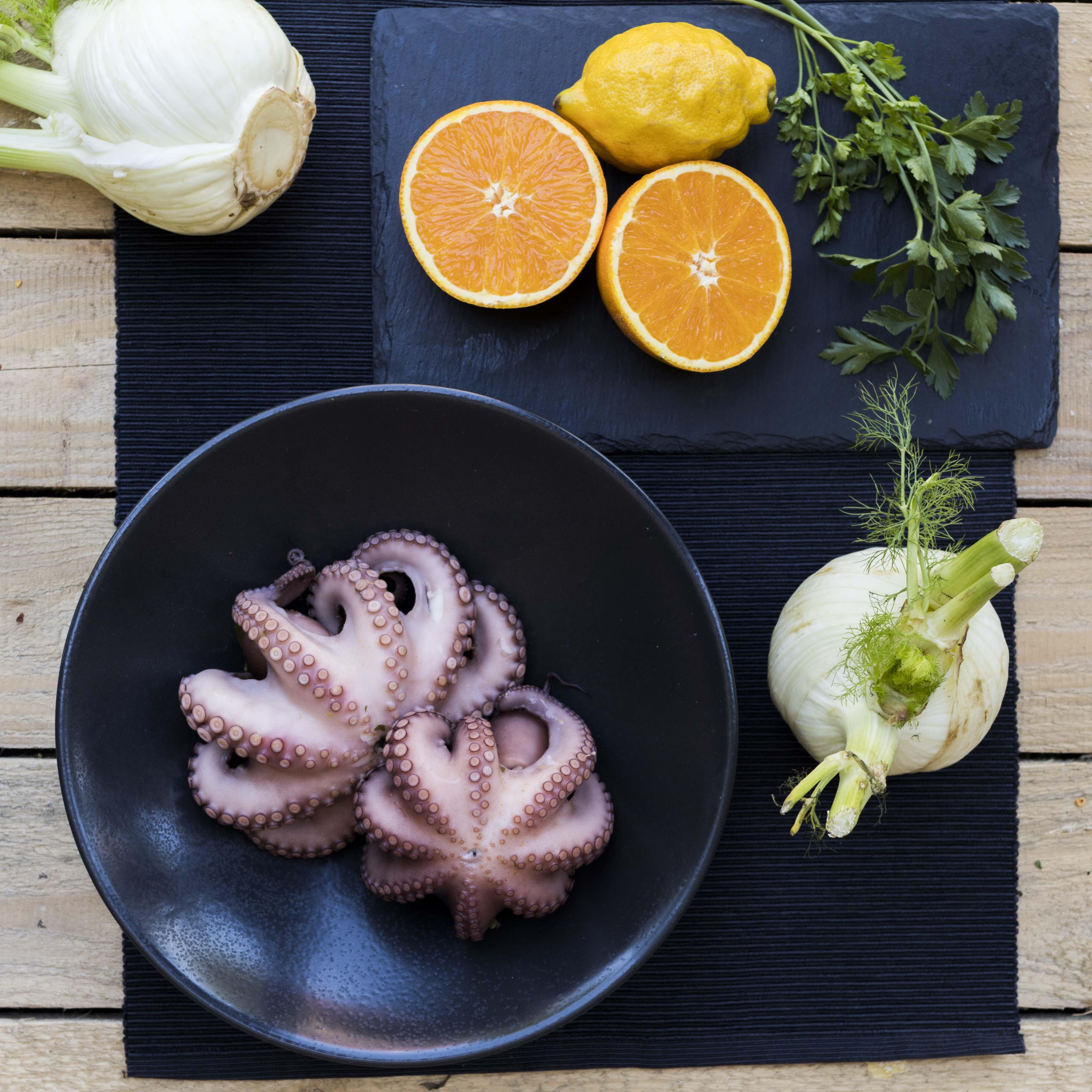 Grilovaná chobotnice s fenyklem a petrželí